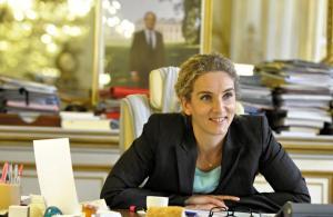 Une-journee-de-ministre-avec-Delphine-Batho_diapositive_normal